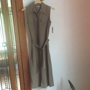 NWT sleeveless maxi dress by Kate Hill. Size 8